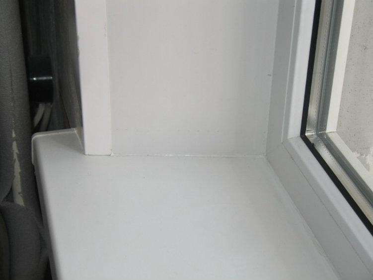 Витражное остекление балкона цена