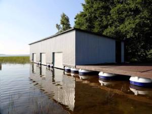 Гараж для лодки и обустройство гаража